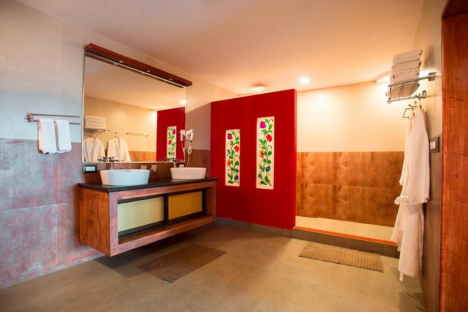best-luxury-resort-morjim -goa